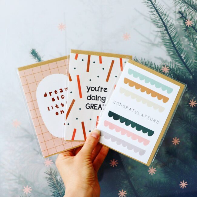 Graphic greeting cards that make you happy!